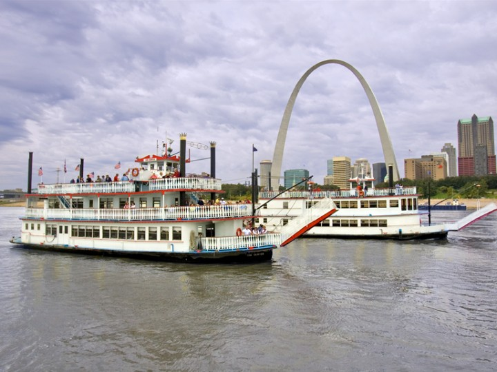 Riverboats at the Gateway Arch Announce Over 35 Open Positions; Set to Host Job Fairs on Jan. 26 & Feb. 2