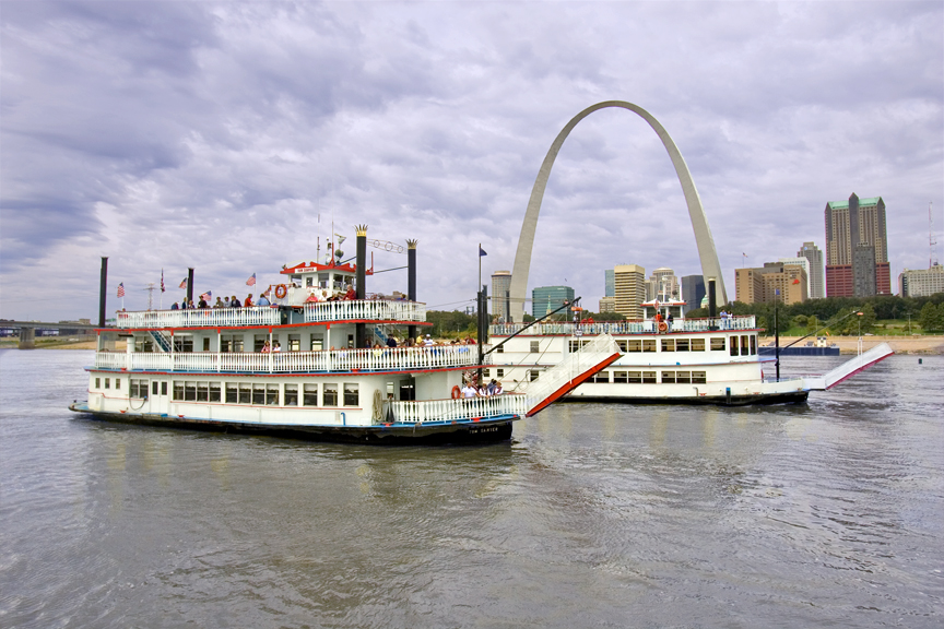 Gateway Arch Riverboat Cruises Begin This Weekend