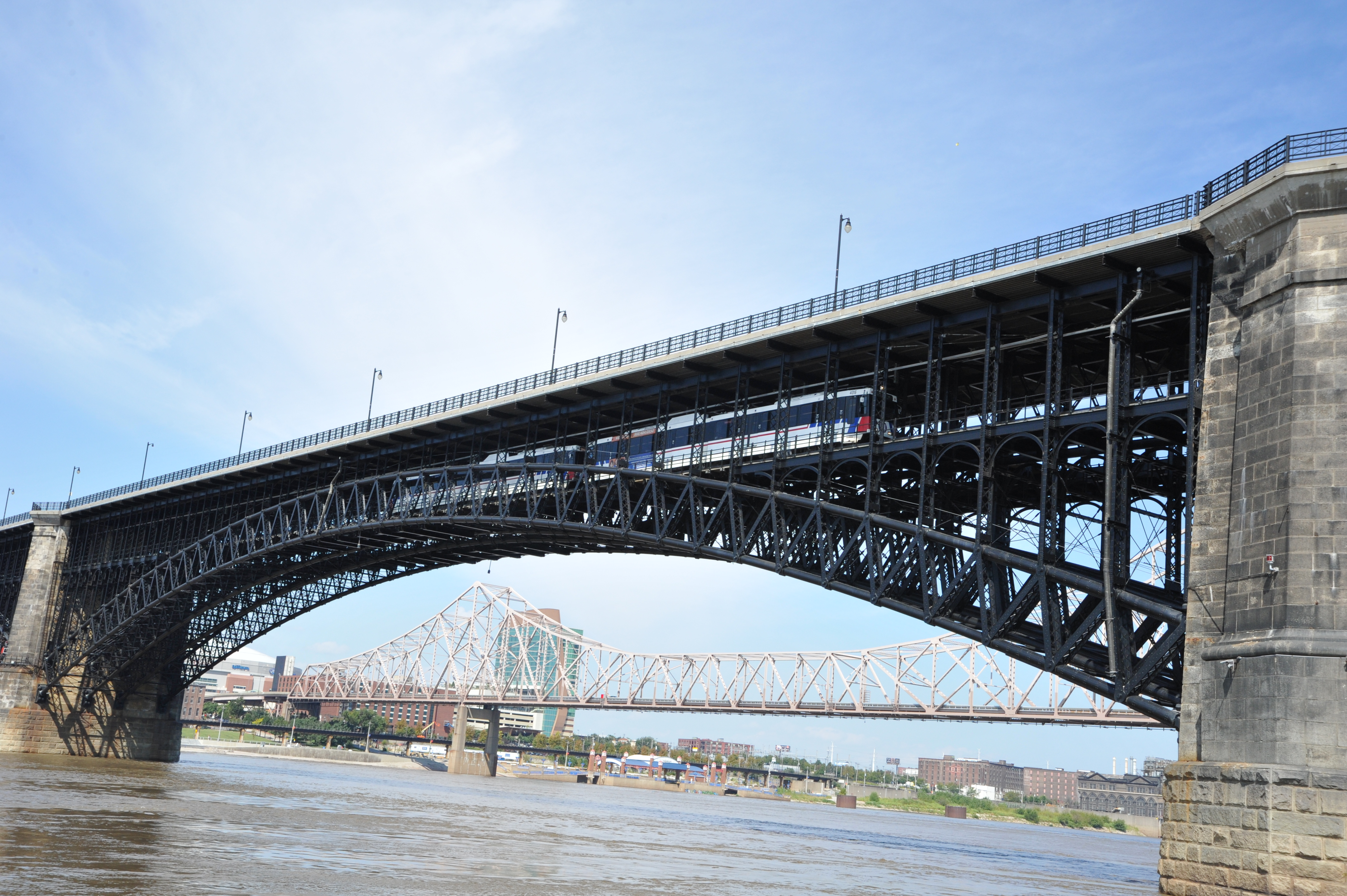 Region Celebrates Completion of the Rehabilitation of the Historic Eads Bridge
