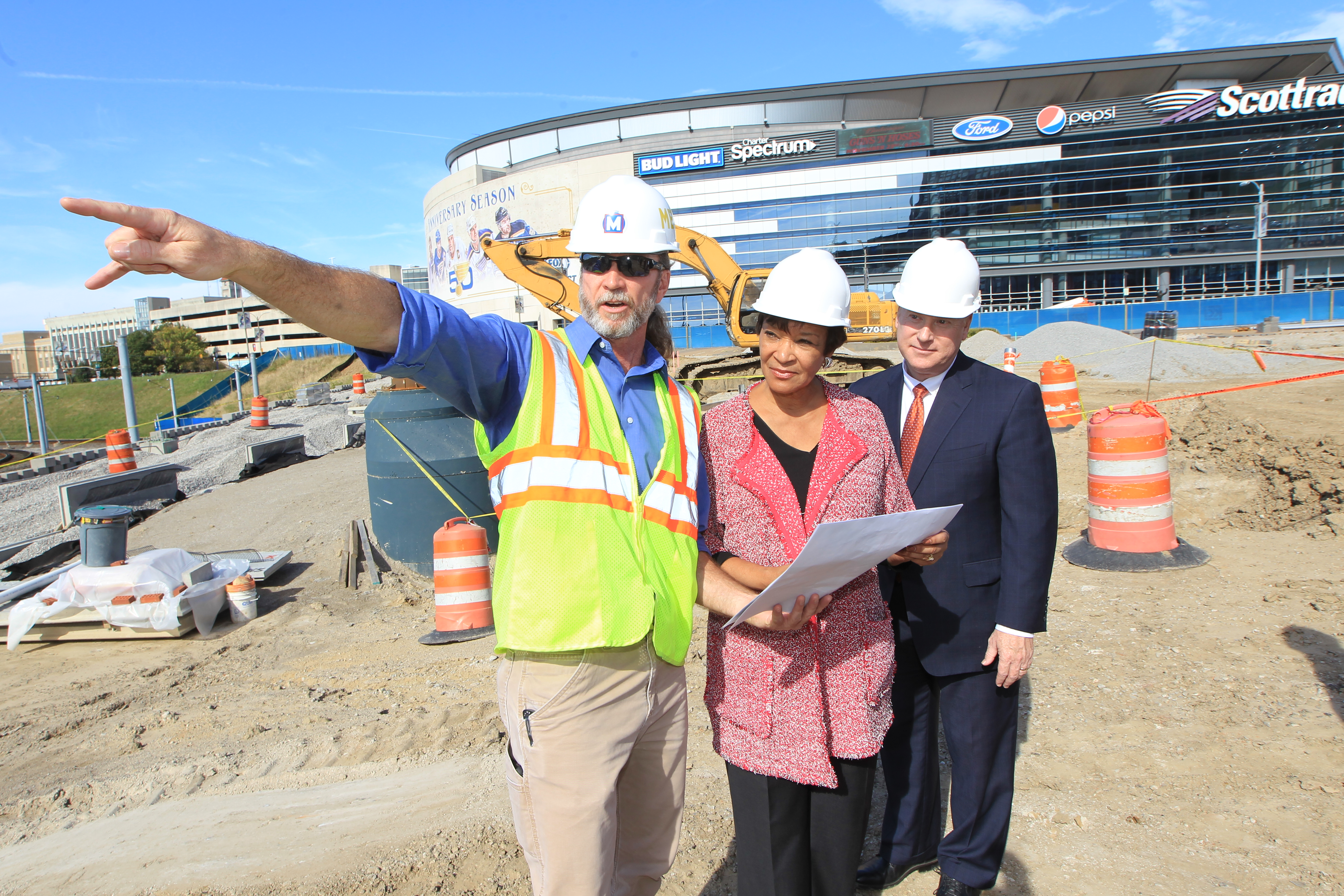 Federal Transit Administration's Top Leader Tours  Federally-Funded Metro Transit Project Sites