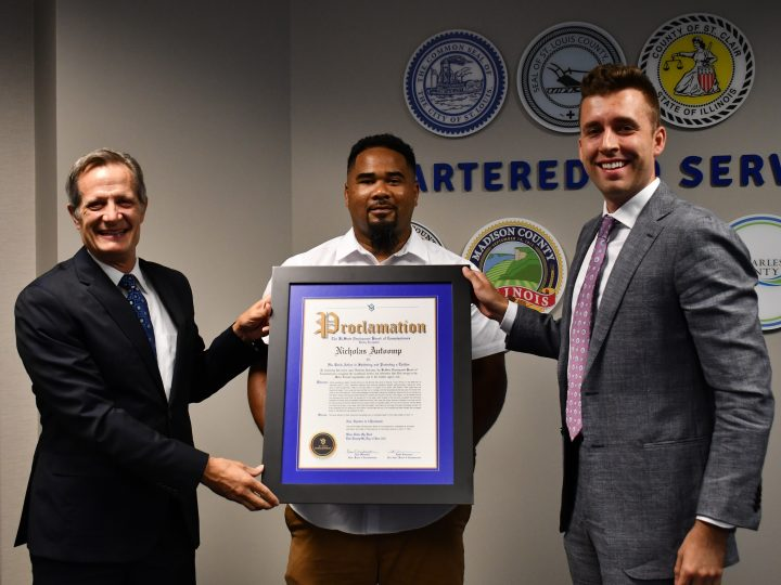 MetroBus Operator Recognized by BSD Board of Commissioners for Heroic Rescue of a Toddler